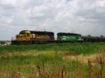 BNSF 6883 & 3162