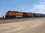 BNSF 4884 & 847 with EMDX 9092