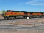 BNSF 4548 & 5200
