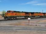 BNSF 4548 & 5200