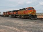 BNSF 4380 & 1089 leading west