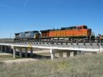 BNSF 5135 & CSX 7710