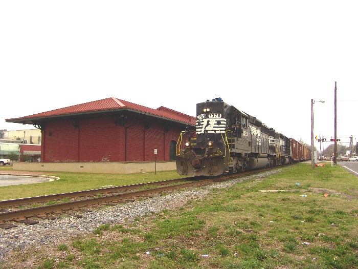 NS 3320 passing the old restored depot