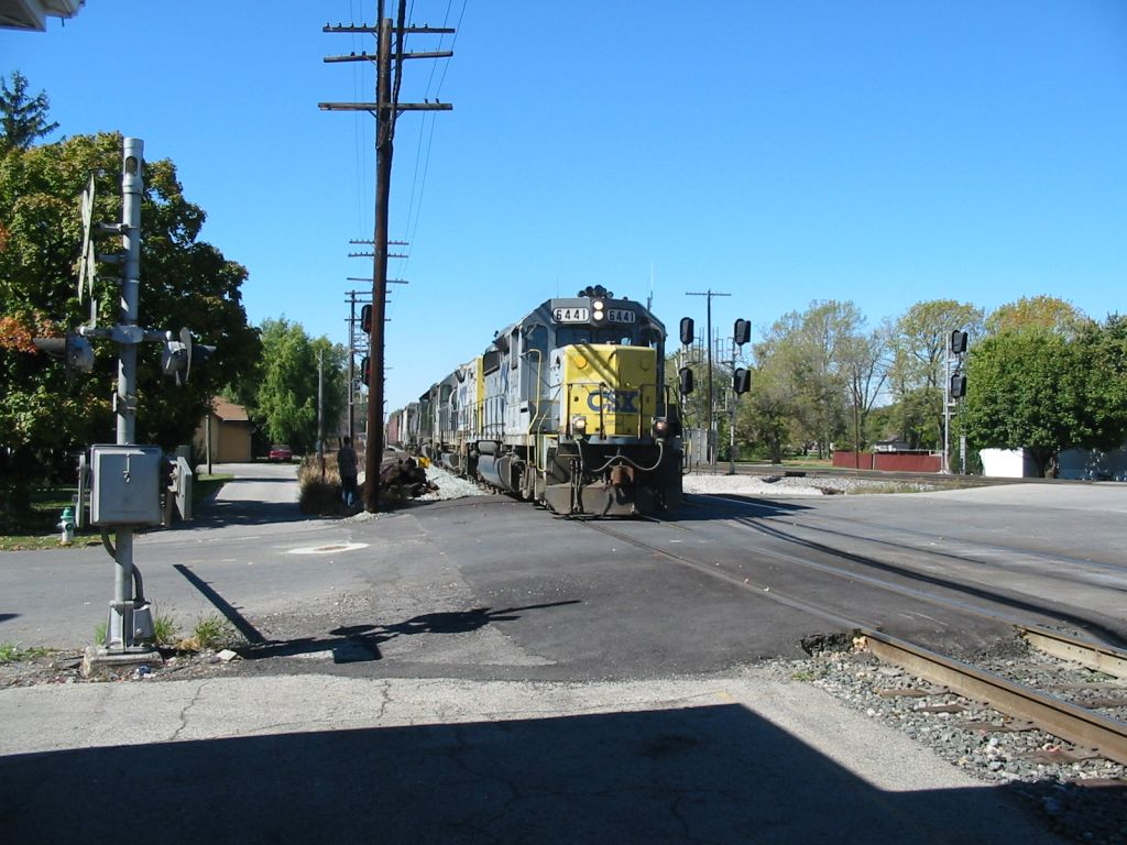 CSX 6441 East with a dent in the nose.