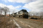 NS 9458 takes the connection track to the Conrail