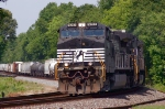 NS 172 leans into the curve