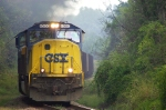 CSX 4500 south winds through Lanford