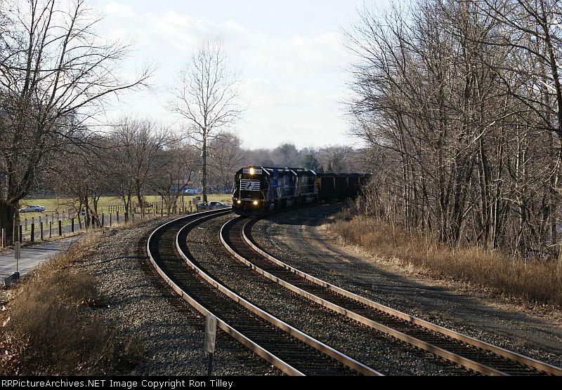 H78 pulling the PPLX coal Train