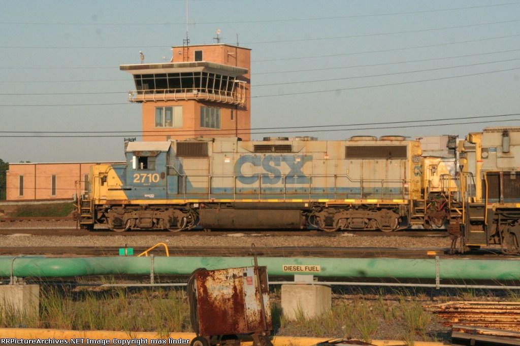 CSX 2710
