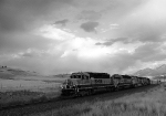 BNSF 8006 heads up the 1.9% grade in Montana