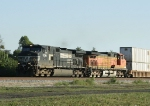 NS 9390 and BNSF 5337