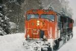 CN 5616 & 5670 running around the train