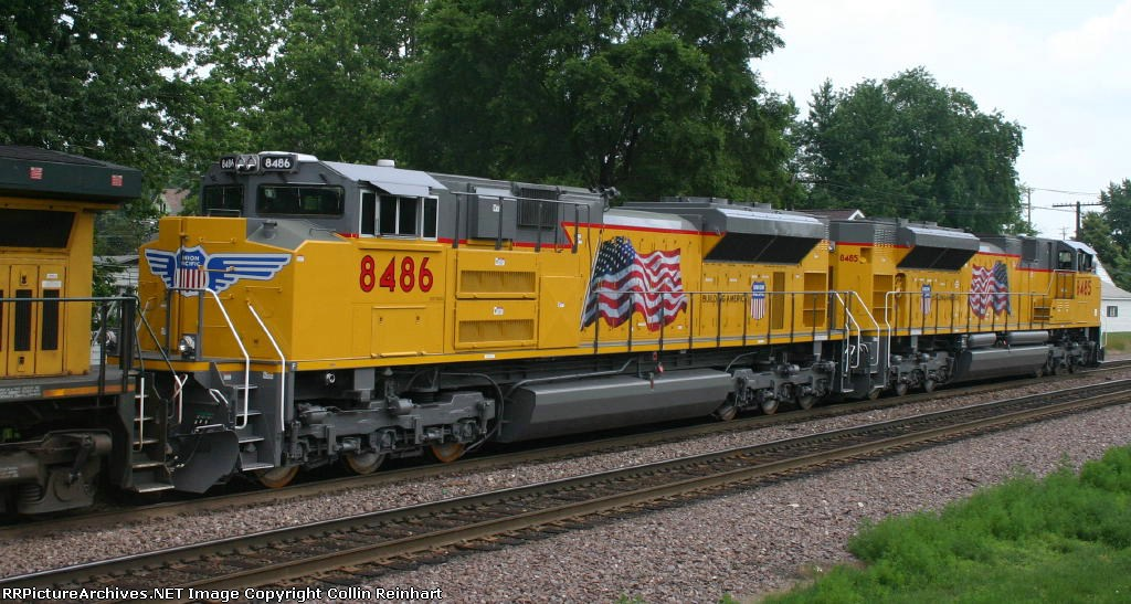 UP 8486 & UP 8485