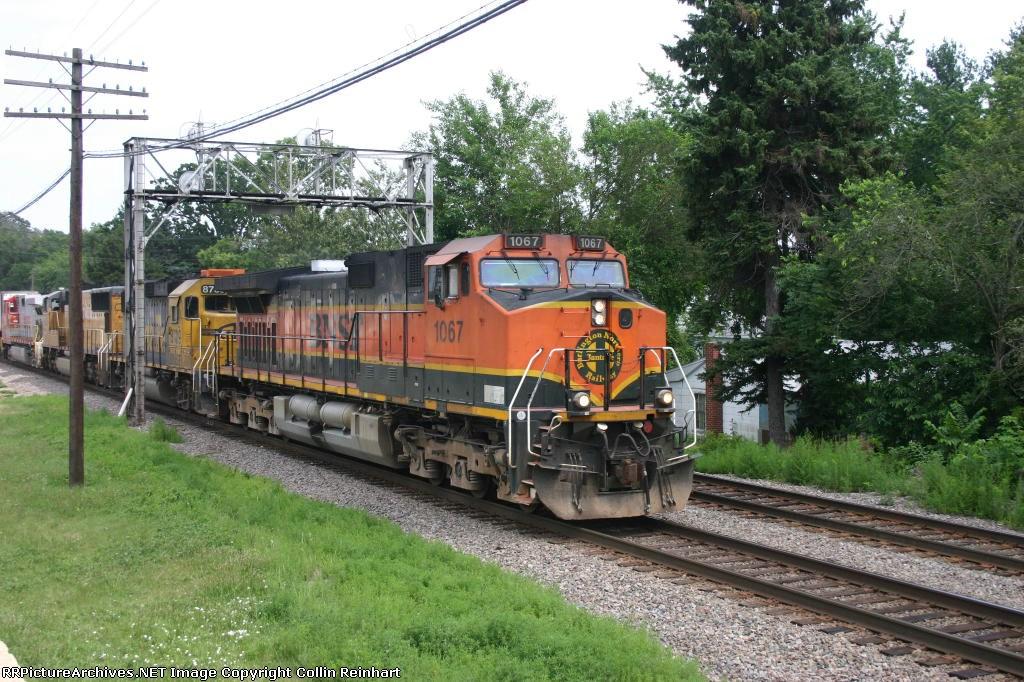 BNSF 1067, BNSF 8739, UP 4431, & BNSF 799