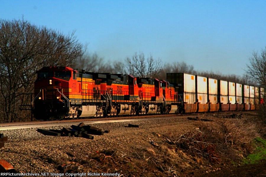 BNSF 4733
