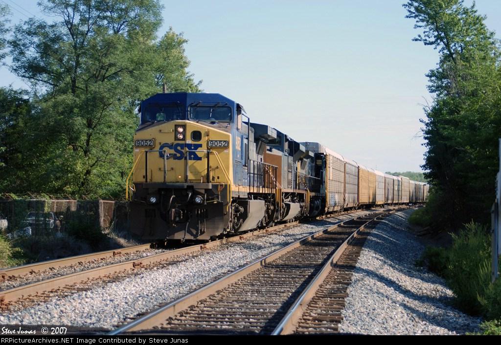CSX 9052 Q201 Sits on the Morgantown siding