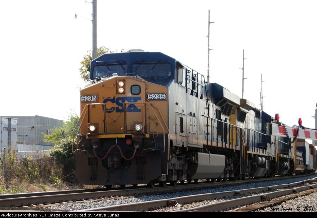 CSX 5235 Q578
