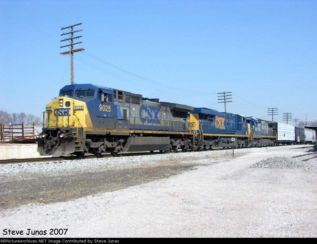 CSX 9025 Q525