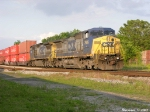 CSX 7699.7805 Q215 Enters Bowling Green