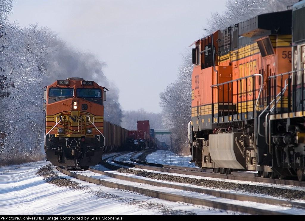 BNSF 4058