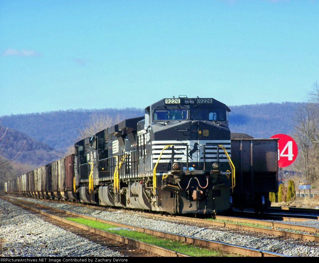 NS 9226 Leads