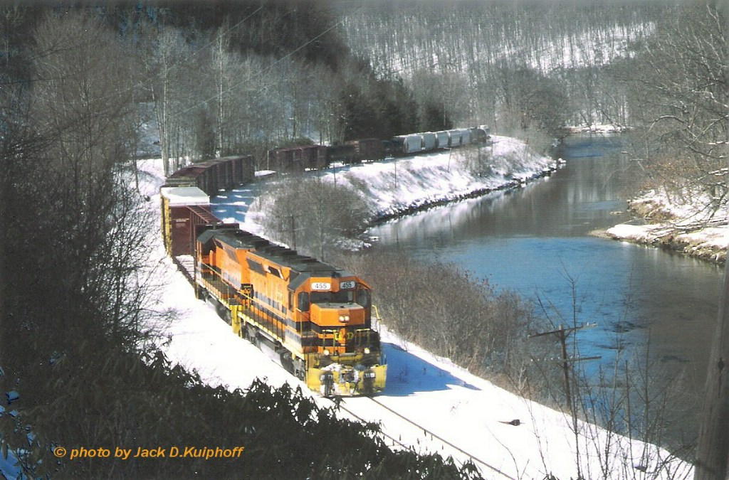 BP 455 & 458, are north bound along the Clarion River,