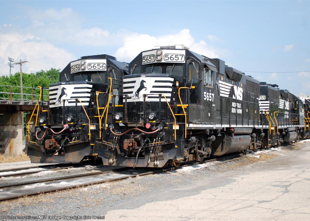 NS 5657 NS 5656
