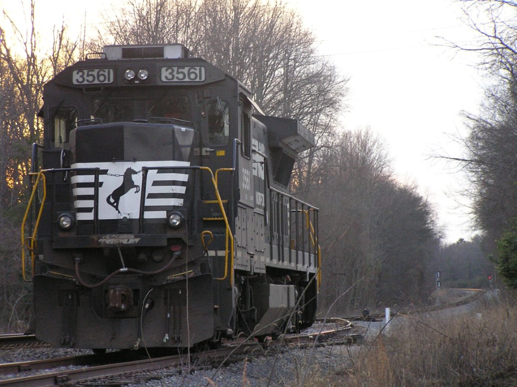 NS 3561 sitting in the Greer pocket track.