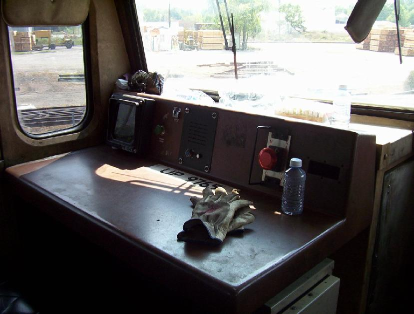 Conductor's Desk on UP 9765