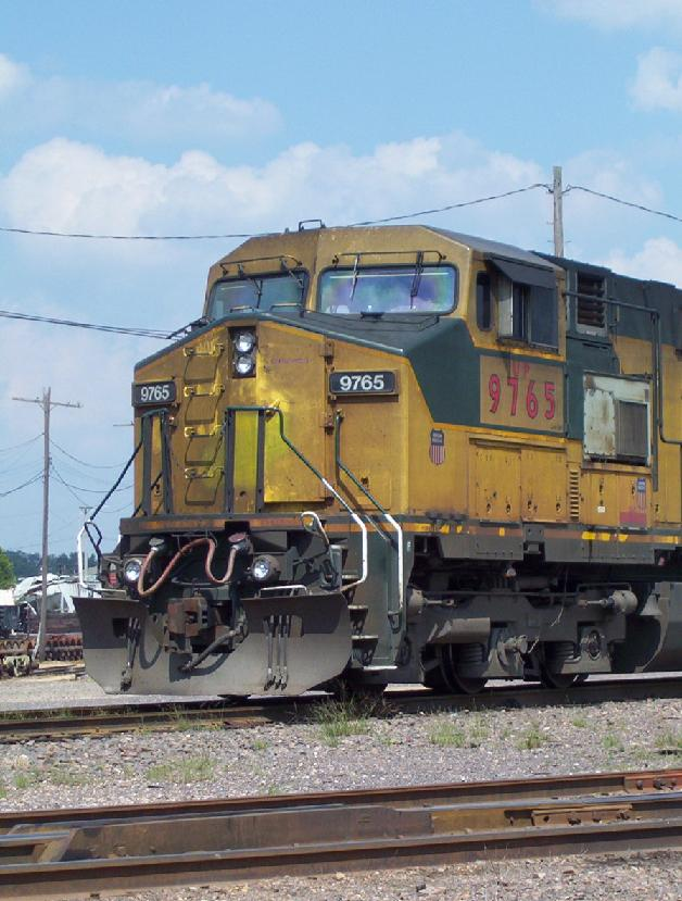 UP 9765 Nose