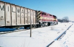 1422-18 WC 6677 on SOO Line at MNNR diamond crossing