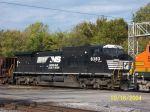 NS 8383 on BNSF Transfer - unit was offline