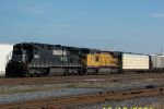 NS train 393 charges past 32nd street