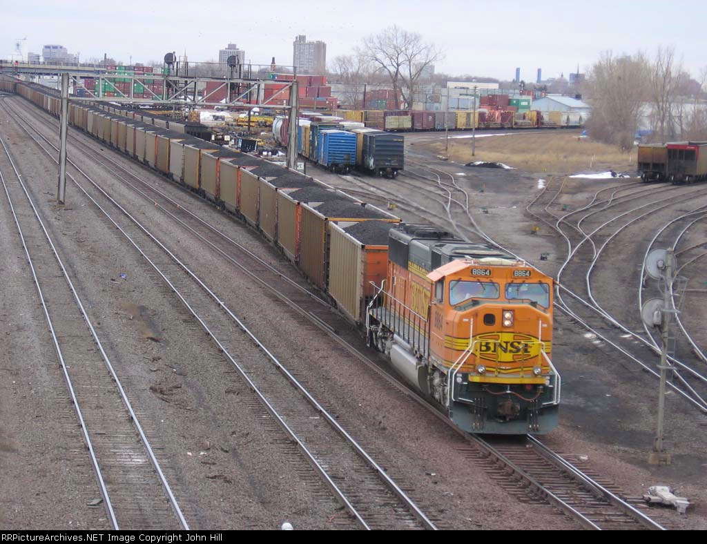 070314008 Northbound DPU-equipped BNSF Superior coal (DEEX) at Northtown CTC 35th