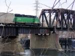 070218003a BNSF Grove Job crosses Mississippi River on ex-NP North Mpls bridge