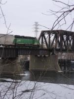 070218003 BNSF Grove Job crosses Mississippi River on ex-NP North Mpls bridge