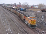 070314008 Northbound DPU-equipped BNSF Superior coal (DEEX) at Northtown CTC 35th