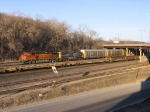 07040815 Westbound BNSF freight setting out at Daytons Bluff Yard near CTC Hoffman