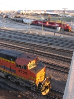07040823 BNSF freight switches Daytons Bluff Yard while CP delivers to UP Hoffman Ave (Belt) Yard
