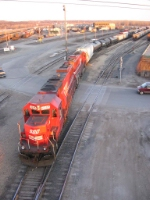 07040829 CP delivers to UP Hoffman (Belt) Yard