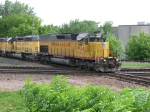 07052831 Northbound UP/WPSX coal loads on MNNR cross BNSF St. Paul Sub. diamonds at Park Jct.