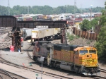 070612027 BNSF mainline traffic at Northtown Yard is rerouted via North Runner/Receiver while SOO bridge Shoofly movement takes place overhead