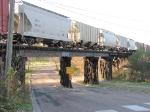 071103010 Eastbound CN/WC Transfer crosses over SOO Columbia Blvd bridge