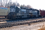 NS 1623 (SD40) & NS 3220 (SD40-2) at the Montview yard