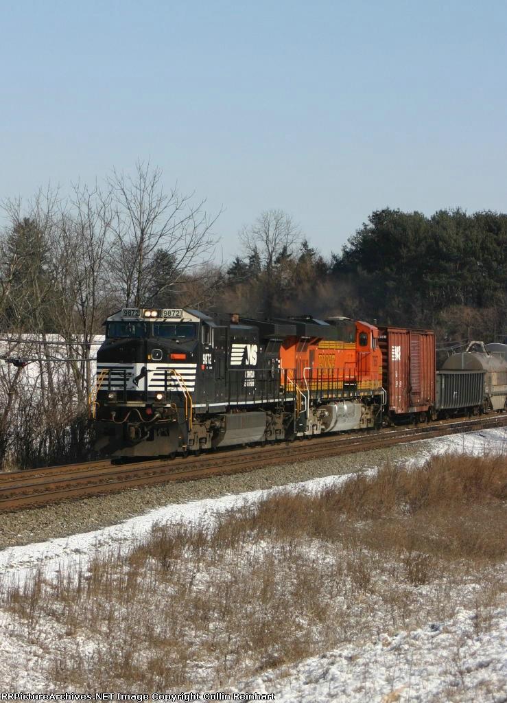 NS 9872 & BNSF 7657