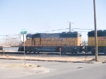 UP 1681 leads an EB manifest towards Alfalfa yard at 3:29pm