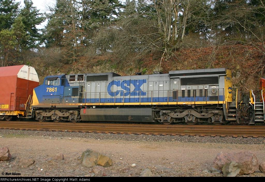 CSXT C40-8W 7861