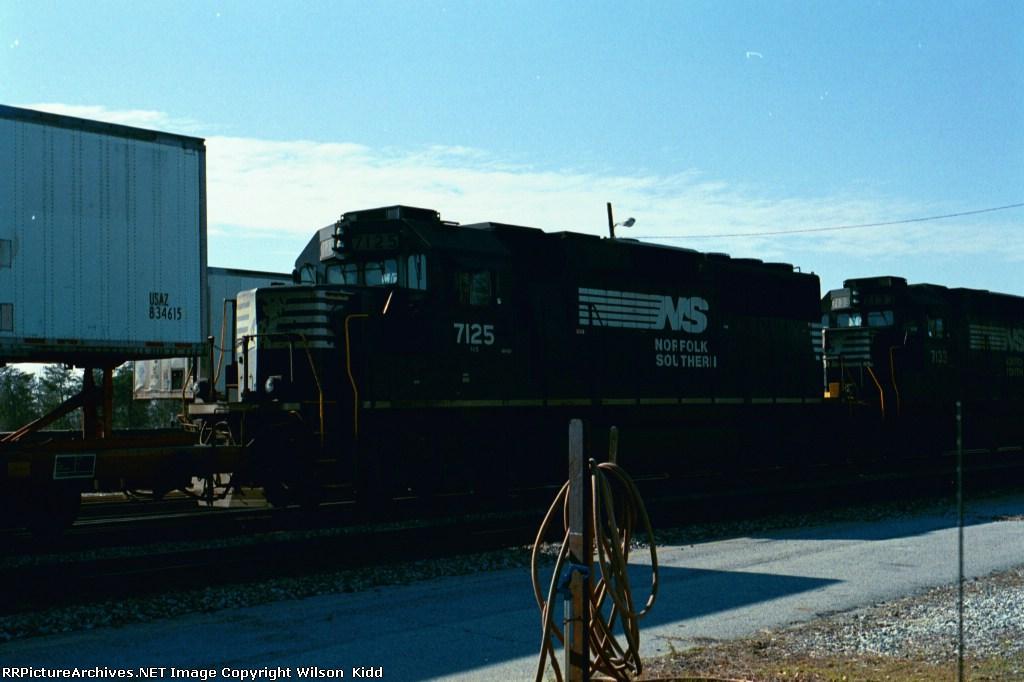 NS 7125