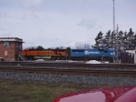 BNSF 7770 + NS 5441
