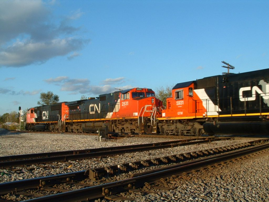 CN 5770, 2531, and 5931 Northbound
